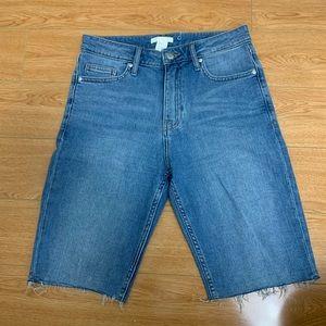 High-waisted Bermuda Shorts